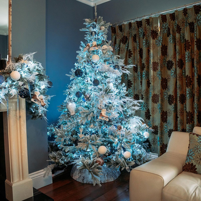 Cosy Chic Christmas Tree
