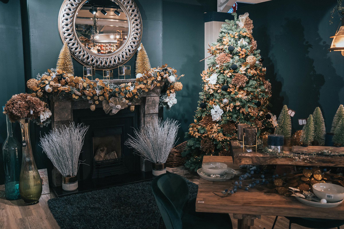 Cosy Chic display
